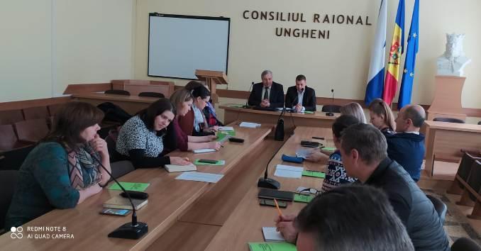 """Ședința de lucru a conducerii Sindicatului """"VIITORUL"""" cu activul Asociațiilor sindicale raionale, municipale"""