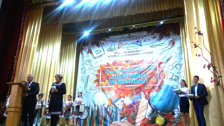 Ziua Profesionale a Lucrătorilor din Învăţămînt –marcată în raionul OCNIŢA