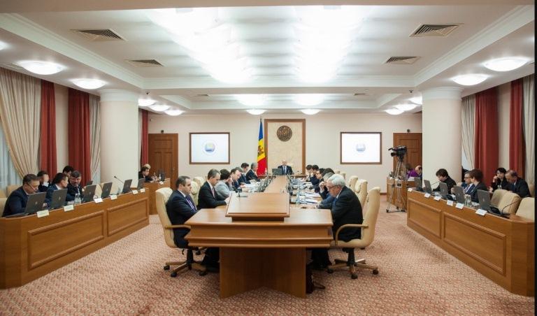 Funcționarii publici cu statut special din cadrul MAI vor primi compensații pentru plata chiriei spațiului locativ
