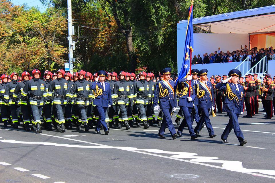 Felicităm cu Ziua Salvatorului Republicii Moldova!